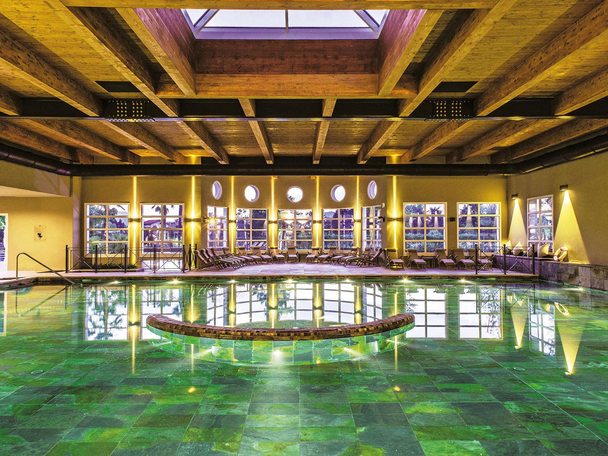Relilax hotel terme montegrotto piscine bio design - Terme preistoriche montegrotto prezzi piscina ...